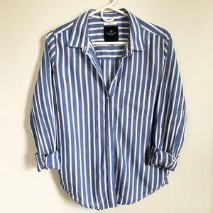 Prep Fit button down blouse • American Eagle •